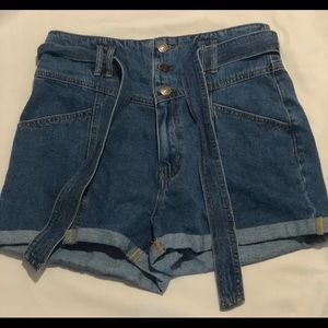 F21 Size 8 Skirt Style Shorts